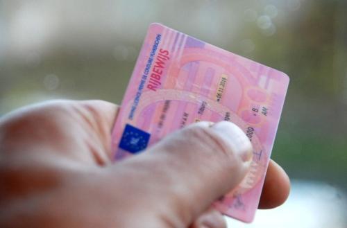 Rijden zonder rijbewijs, Rijden zonder rijbewijs, DE Advocaat in Verkeersrecht